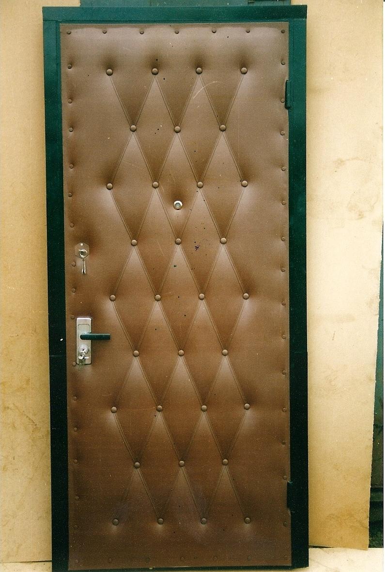 металлические двери обшитые дермантином